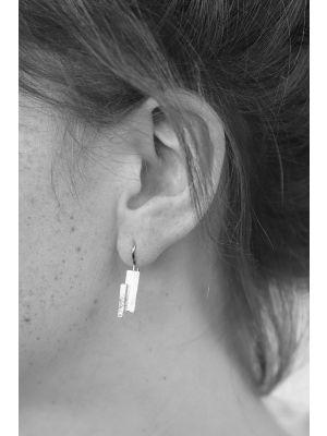 Zilveren ONNO oorhaak | OH0127RH | thumbnail image